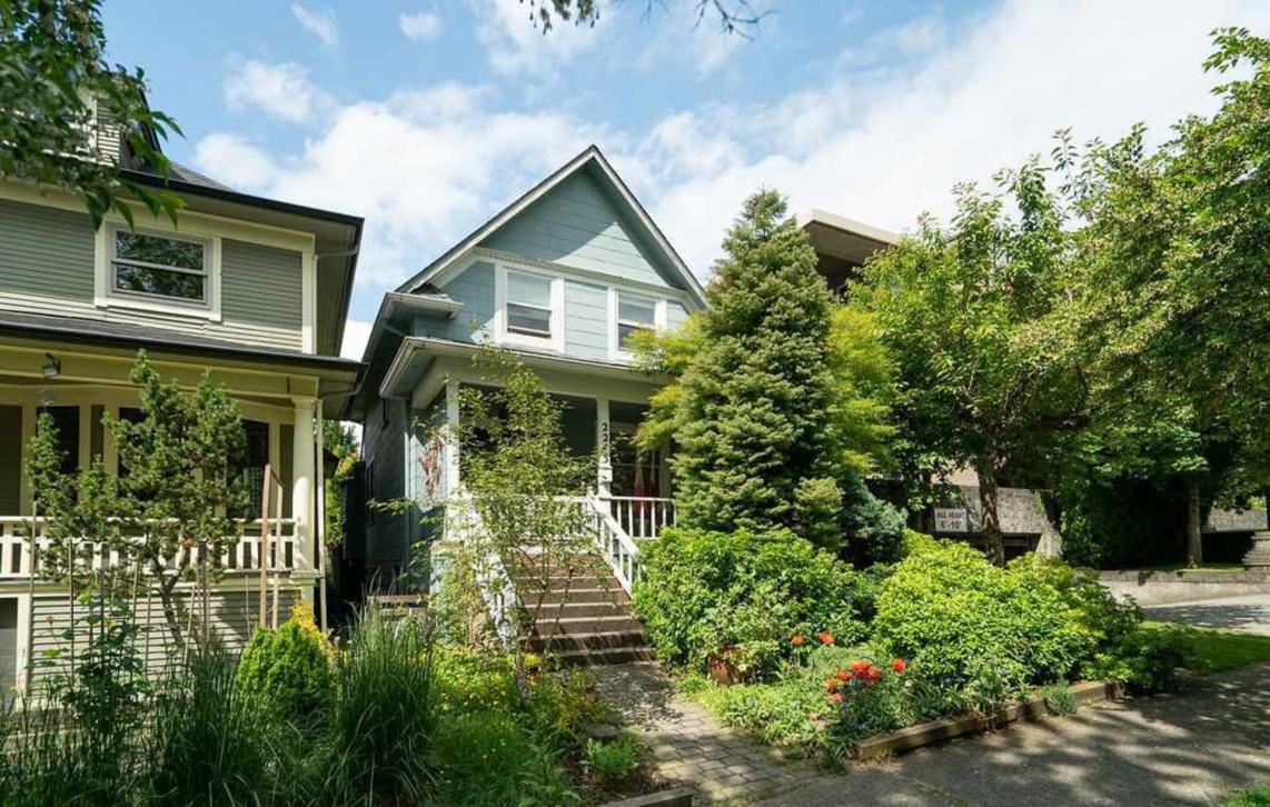 2243 Oxford Street, Hastings, Vancouver East