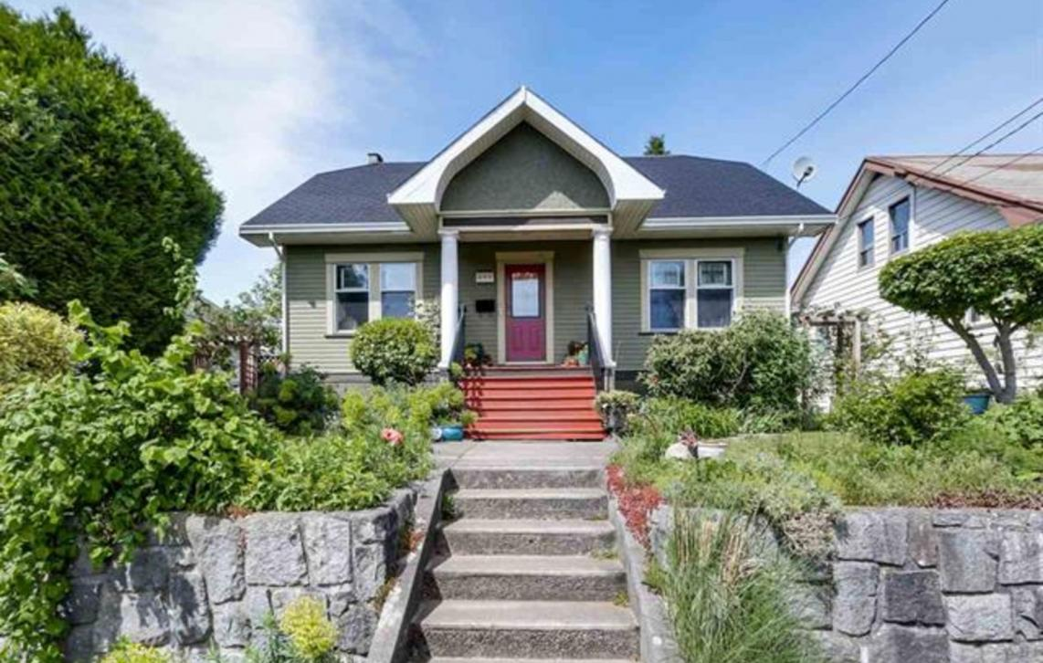 809 London Street, Moody Park, New Westminster